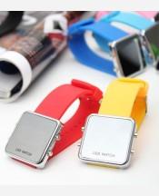 """LED-часы """"Зеркальная поверхность"""". цвета в ассортименте 903453"""